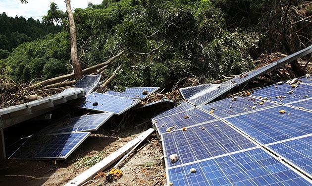 九州豪雨で太陽光発電所が損壊